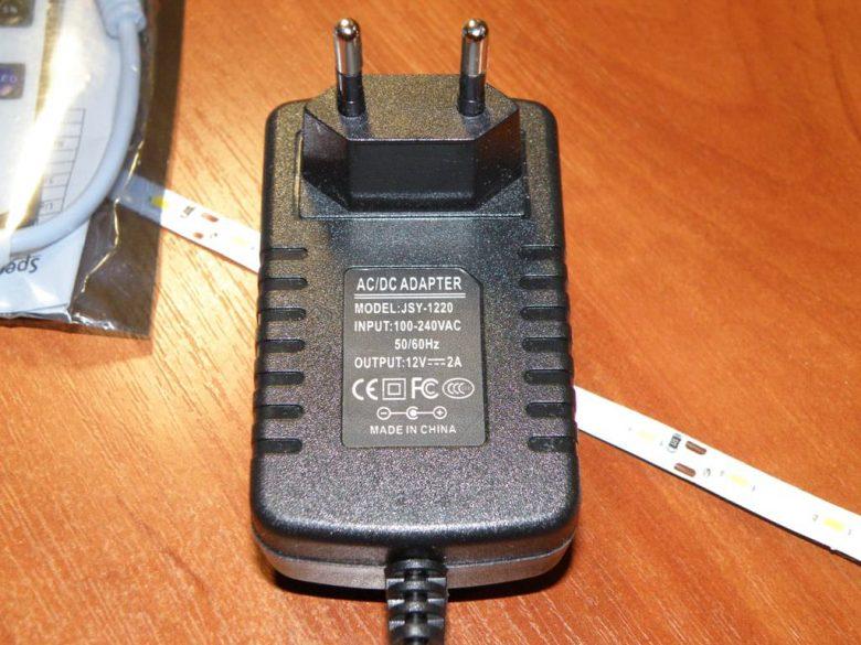 Светодиодная лента на SMD 5630, диммер и блок питания.