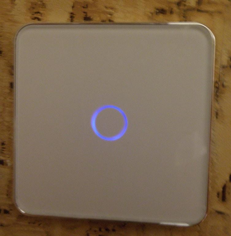 Сенсорный выключатель Jiubei. Лицевая панель.