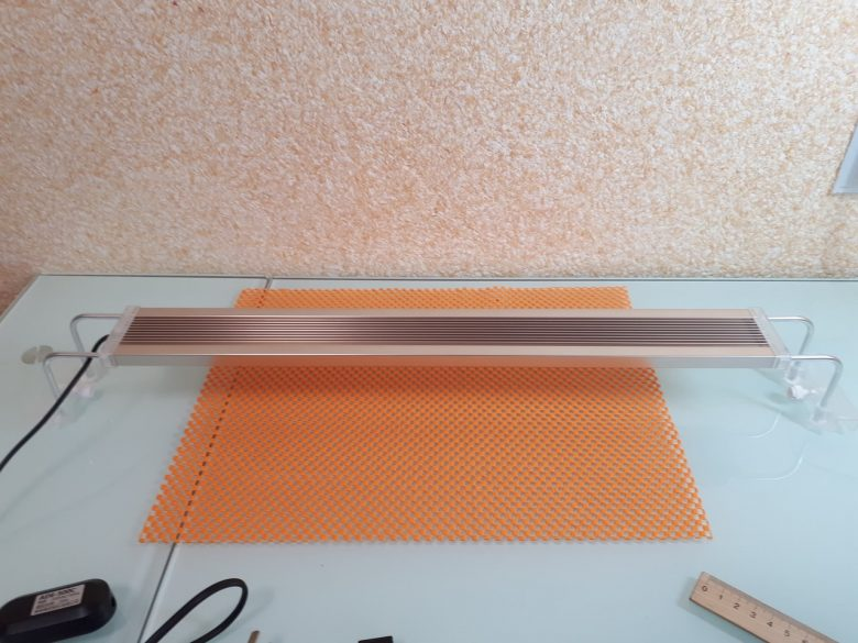 Светодиодный светильник для аквариумов SunSun ADE